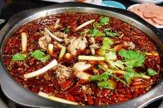 美蛙鱼头火锅的底料配方和炒制技
